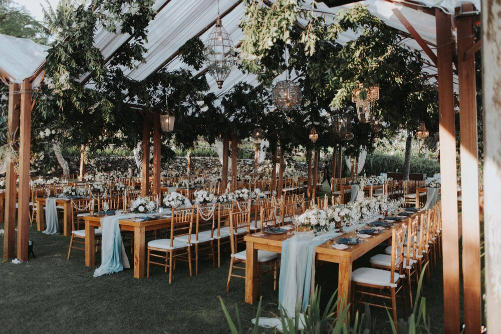 Luxury Wedding Essentials From Decor Bouquets To Cakes